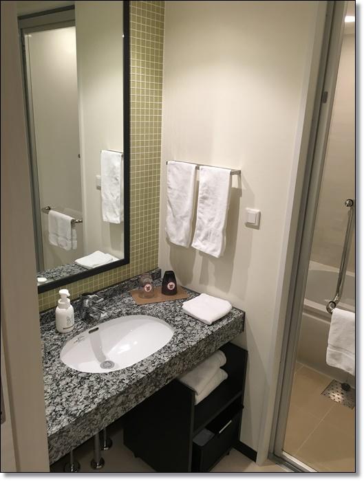 USJ パークフロントホテル 部屋 洗面台